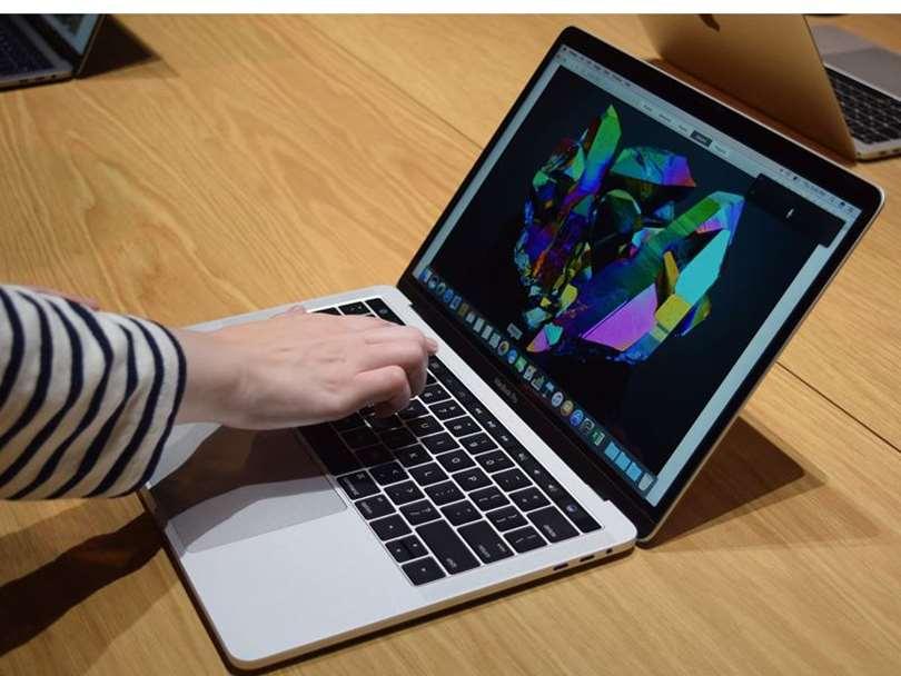 اپل پردازنده انحصاری لپ تاپ تولید می کند