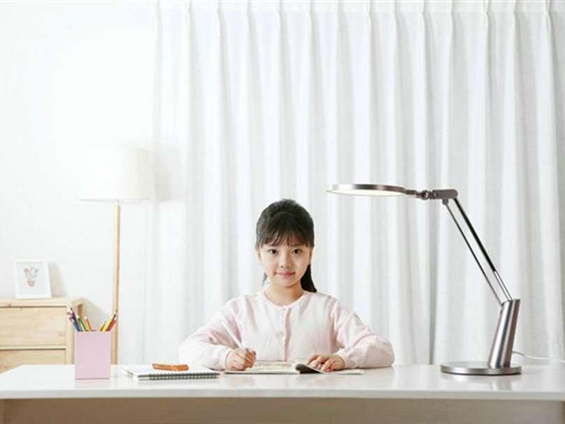 ویژگی های لامپ رومیزی جدید شیائومی چیست؟