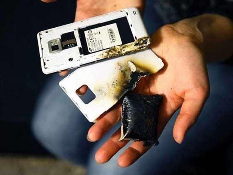 علت باد کردن باتری موبایل و راه حل آن !