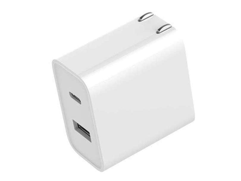 شارژر دوگانه USB-C / USB-A با شارژ سریع ۳۰W وارد بازار شد
